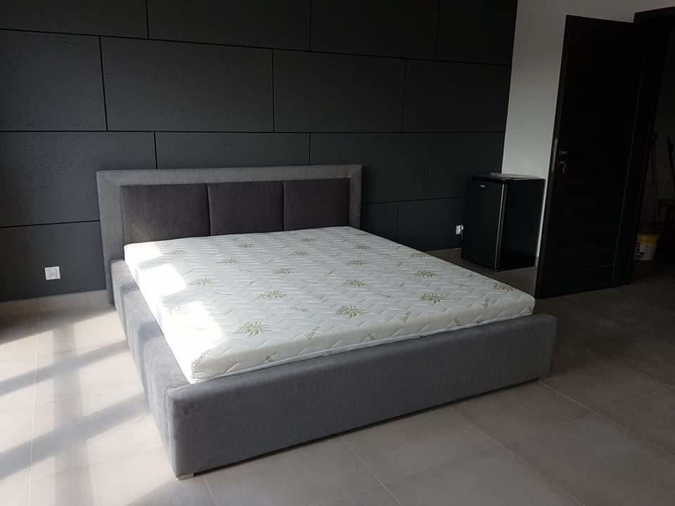 Łóżko tapicerowane TRIO